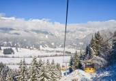 Cabin ski lift.  Ski resort Schladming . Austria — Stock Photo