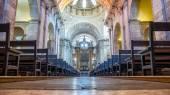 Interior of the Estrela Basilica in Lisbon, Portugal — Stock Photo