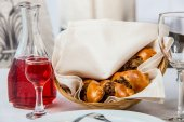 Tasty dish with mushrooms in a restaurant — Stock Photo