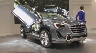 Concept crossover Subaru Viziv 2 — 图库视频影像