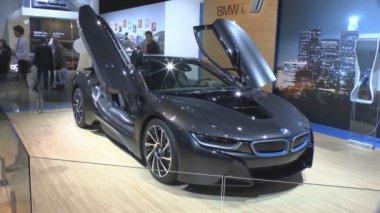 Hybrid sports car BMW i8 — Stock Video