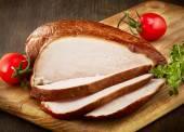 Sliced smoked chicken breast — 图库照片