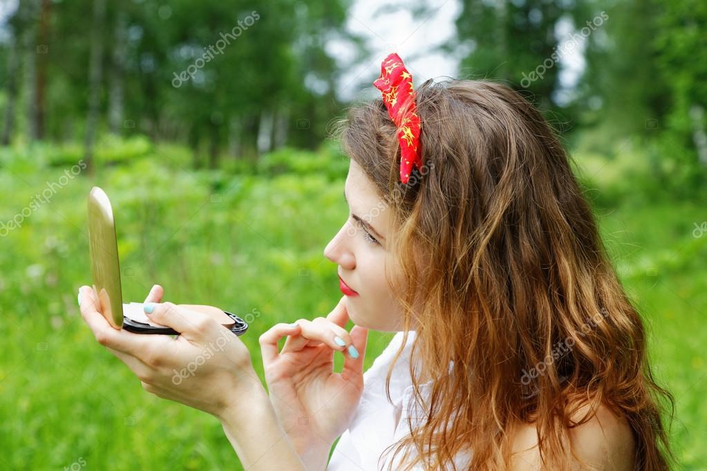 девушки фото натур на природе