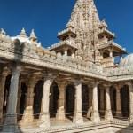 Jain temple in Ranakpur. Rajasthan, India — Stock Photo #54111007