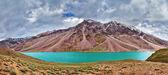 Chandra Tal lake in Himalayas — Stock Photo