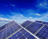 Solar battery panels under blue sky — Foto de Stock