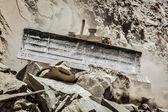 Bulldozer doing road construction in Himalayas — Stock Photo