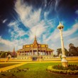 Royal Palace complex in Phnom Penh — Stock Photo #57895131