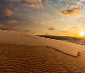 White sand dunes on sunrise, Mui Ne, Vietnam — Photo