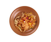 Homemade spaghetti, chicken fillet zucchini — Stock Photo