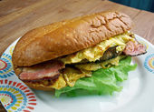 Enormous Omelet Sandwich — Stock Photo