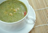 Broad Bean And Bacon Soup — Stock Photo