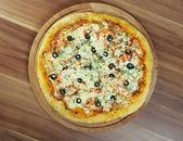 Pizza Regina — Stock Photo