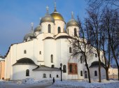 Oldest in Russia Cathedral of St. Sophia. Veliky Novgorod at sunny winter day — Stock Photo