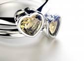 Golden Rings with heart shape Diamond — Stock Photo