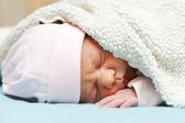 Neugeborenes baby — Stockfoto