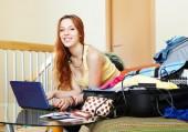 Woman choosing the resort on  internet — Stockfoto