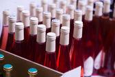 Wiele butelek wina — Zdjęcie stockowe