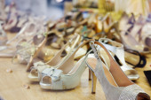 Showcase with  shoes  — Stock Photo