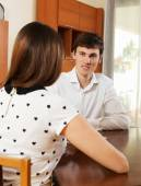 Woman answer questions of outreach worker — Stock Photo