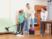 Family cleaning — Stok fotoğraf