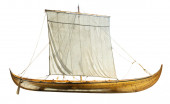 Wooden boat with sails unfurled — Stock Photo