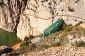 Railway bridge in rocky and Caminito del Rey — Foto de Stock