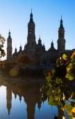 Cathedral    in  morning at Zaragoza, Spain — Stockfoto