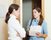 Female collector trying to get debts — Stock Photo