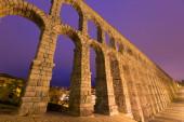 Antique roman aqueduct in Segovia, Spain — 图库照片
