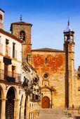 Church  at  Plaza Mayor. Trujillo, Caceres — Stockfoto