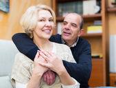 Couple mature amour heureux — Photo