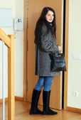 Woman leaving home — Stock Photo
