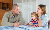 Serious parents discussing parental guardianship — Stock Photo