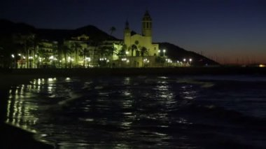 Night in Sitges with Church — Stok video
