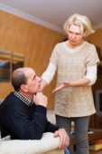 Wife asking husband for forgiveness — Stock Photo