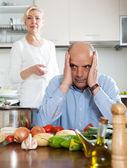 Conflictos familiares en cocina — Foto de Stock