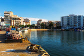 Mediterranean town from fishing port. — Fotografia Stock