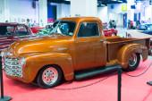 Vintage automobile at exhibition — Stock Photo