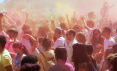 Crowd of people at  Holi Barcelona — Stock Photo