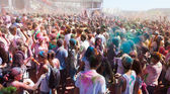 People at Festival of colours Holi Barcelona — Stock Photo