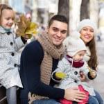 Autumn portrait of parents with children — Stock Photo #72177303