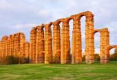 Roman aqueduct. Merida — Stock Photo