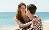 男人和女人在海滩上 — 图库照片
