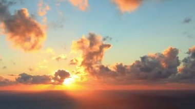 Timelapse sunset on the sea. Earthquake. FULL HD — Stock Video