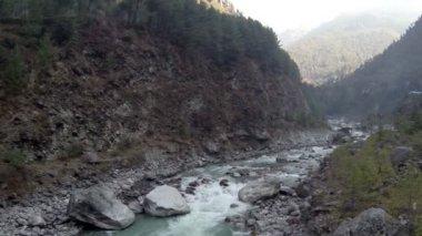 Mountain river. Melting glacier Ngozumpa, Himalayas, Nepal. Full HD — Stock Video