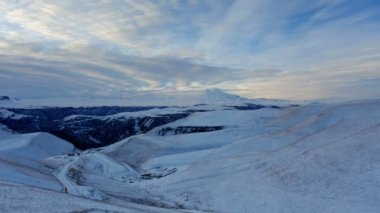 Timelapse sunrise in the mountains Elbrus, Northern Caucasus, Russia. FULL HD — Stock Video
