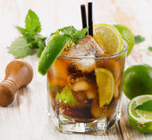 Glass of cocktail with rum  — Stock Photo
