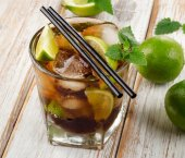 Cuba Libre Drink — Stock Photo
