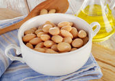 White beans in bowl — Stock Photo